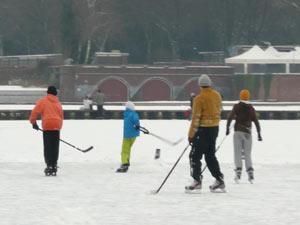 Eishockey auf dem Stadtparksee
