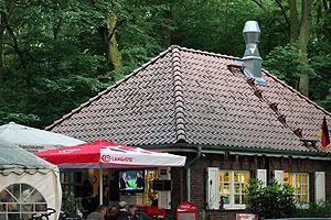 Fussballgucken im Café Linne