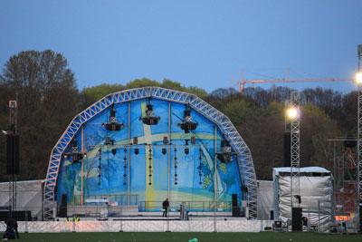Bühne im Stadtpark Hamburg zum Kirchentag 2013