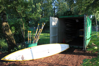 Container mit den SUP-Boards